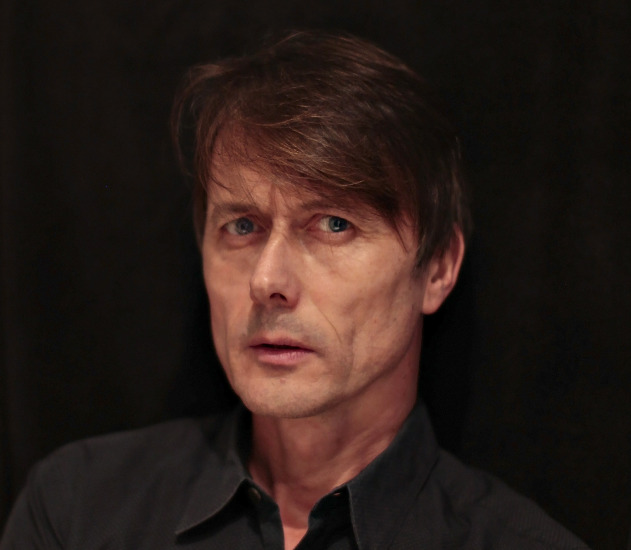 Image of Brett Anderson of Suede