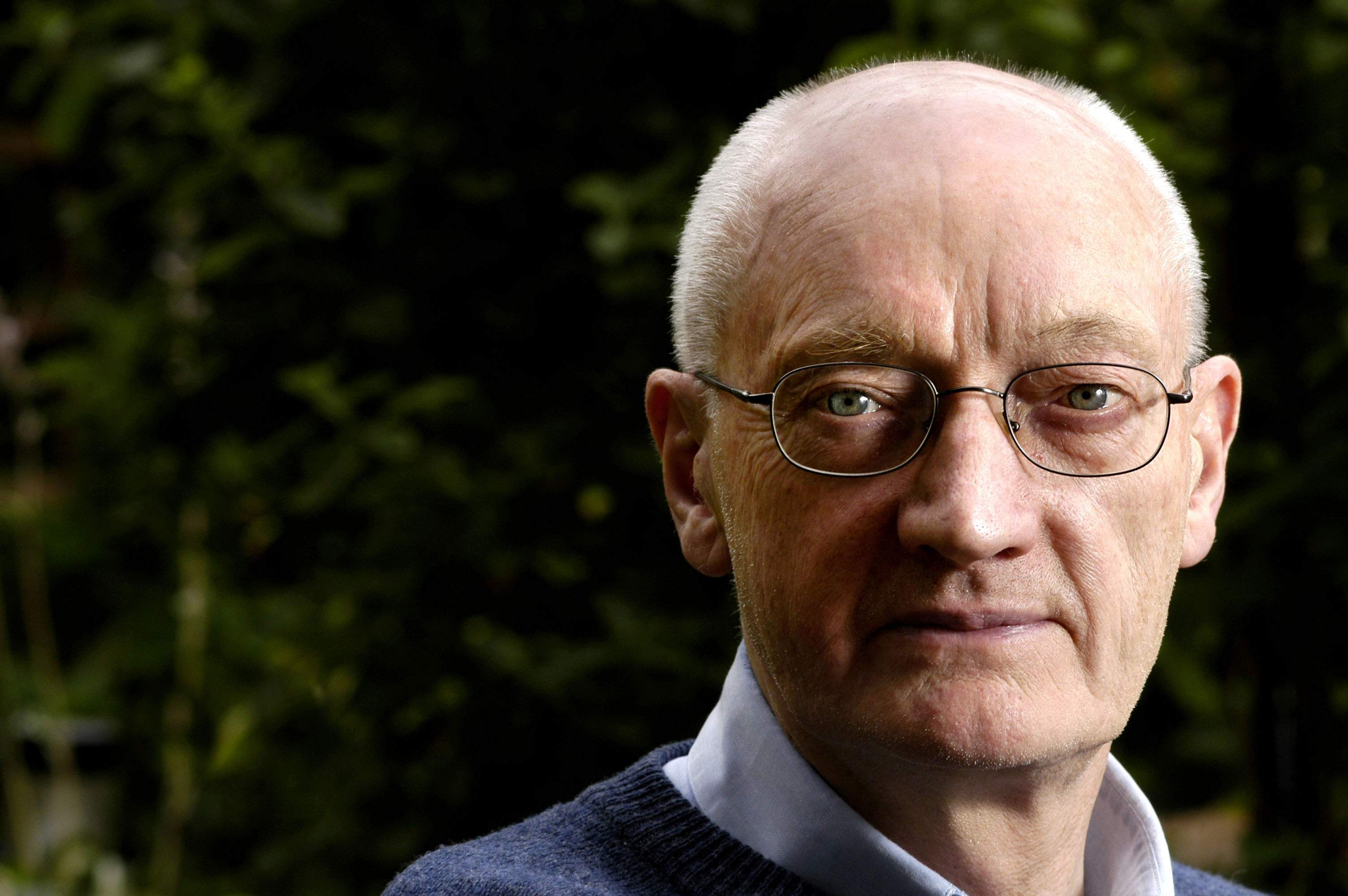Image of Richard Holloway with A Little History of Religion