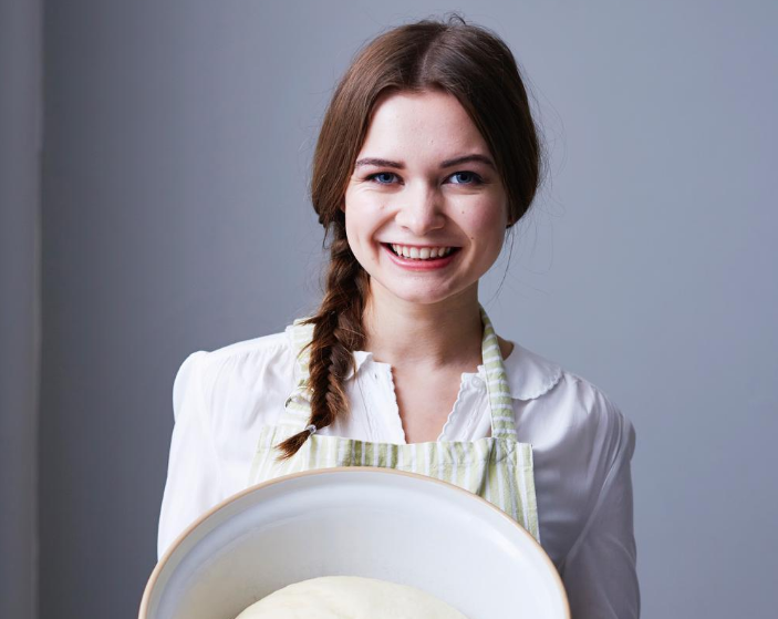 Image of A Topping Bakeorama with BakeOff's Martha Collison